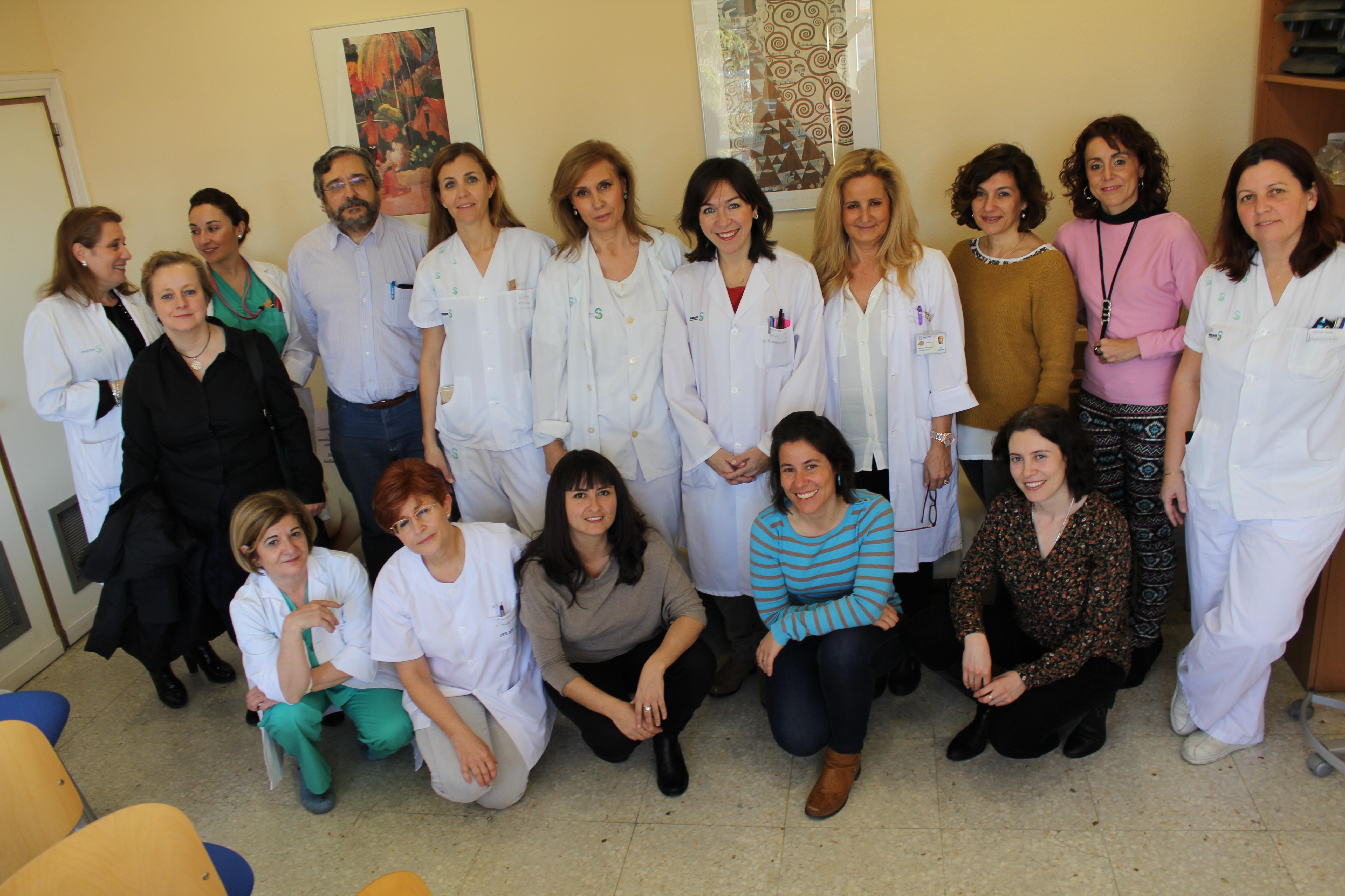Ginecólogos, matronas, anestesistas, pediatras y profesionales de Enfermería del Complejo Hospitalario de Toledo organizan una charla-coloquio sobre la atención en el parto dirigida a las futuras madres.