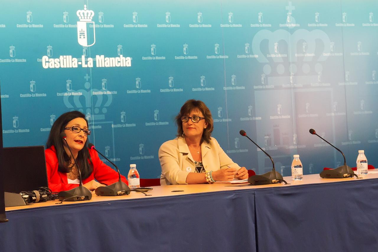 Imagen de Ponencia 2. INMACULADA RAJA,  coordinadora de la Unidad de Cuidados Paliativos del Complejo Hospitalario de Toledo