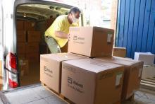 El Gobierno de Castilla-La Mancha ha enviado esta semana más de medio millón de artículos de protección a los centros sanitarios